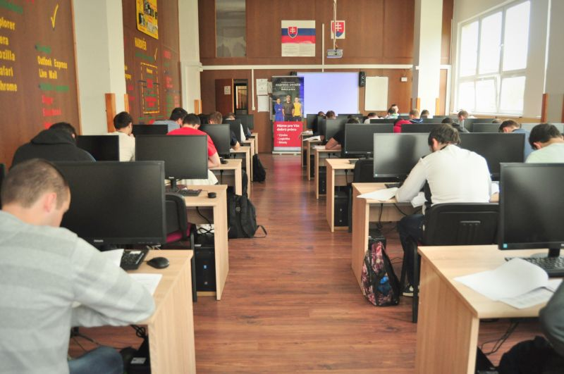 Do Veľkého testu sa na tejto škole zapojilo 83 študentov vo veku 18 – 20 rokov.